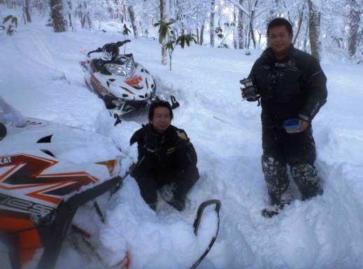 2012 Arctic Cat M800 snowmobile in Japan