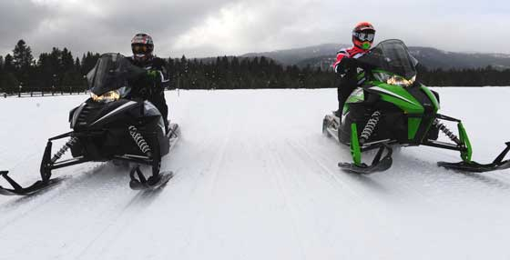 Comparing two 2014 Arctic Cat ZR snowmobiles by ArcticInsider.com