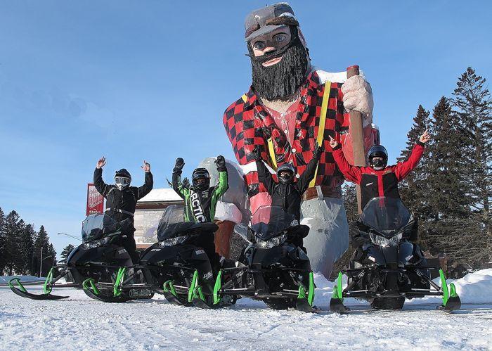 Arctic Cat HERO snowmobile trip. Photos by ArcticInsider & Pat Bourgeois