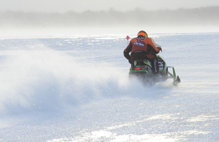 Team Arctic's Zach Herfindahl wins Detroit Lakes. Photo by ArcticInsider.com