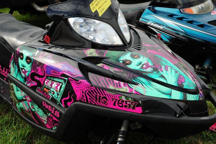 Weird snowmobile graphics wrap, photo by ArcticInsider.com