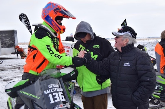 Roger Skime (R), Mike Kloety (M) congratulate Jesse Hallstrom on his dual-class wins in Expert 600 Limited and Junior 14-17